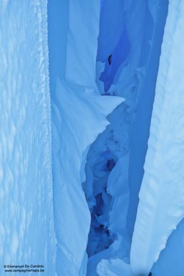 9. Glace crevasse